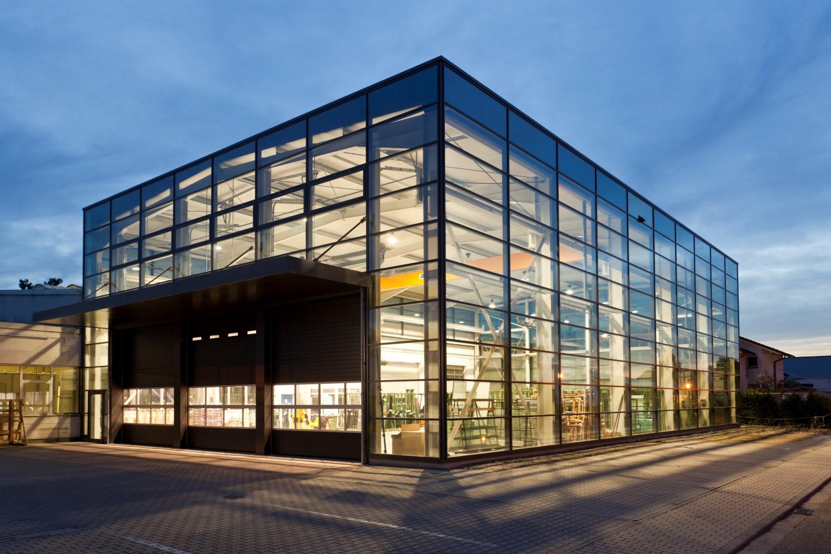 Glas Herzog GmbH: Versandhalle in Waghäusel